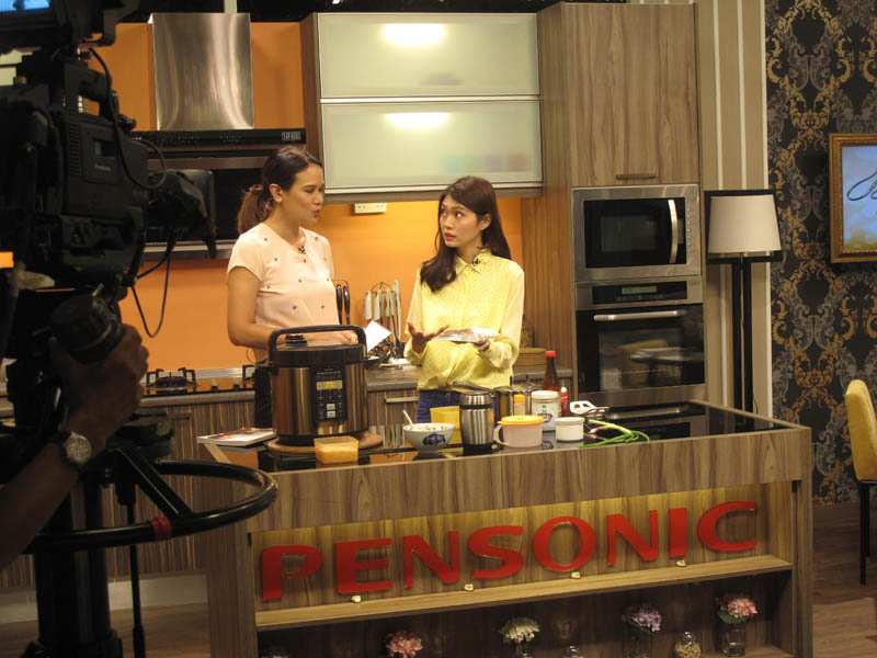Cooking demo on Bella