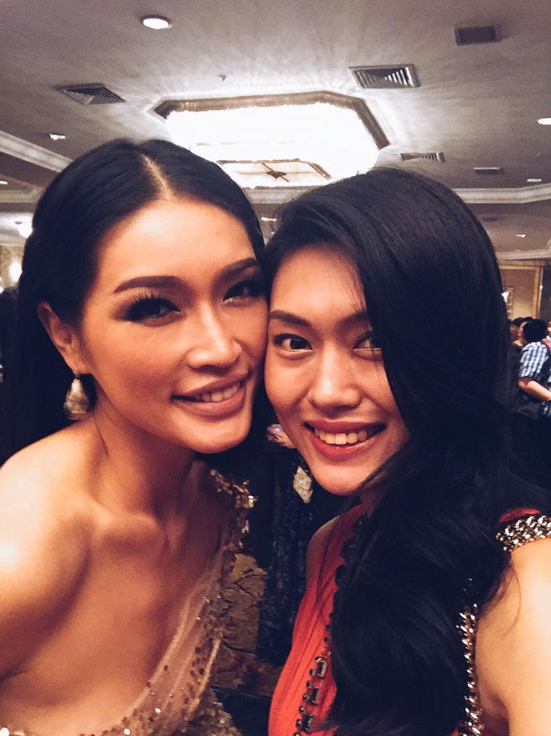 Amber Chia and Sara Khong